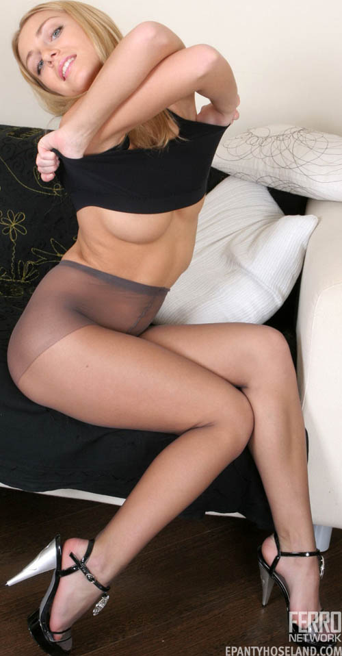 Winnie-coopercom Winnie Coopers Pantyhose Links